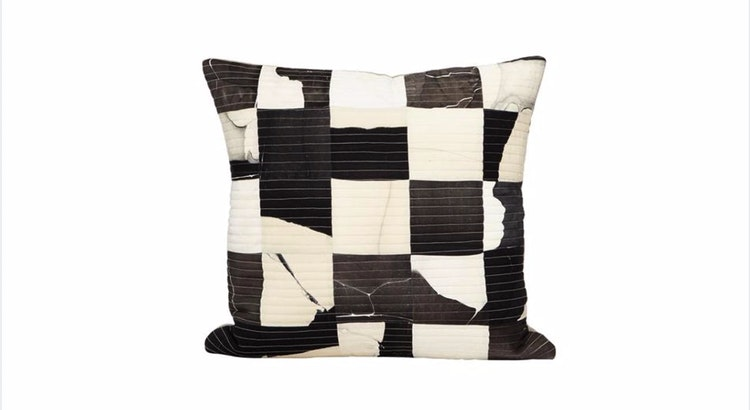 Spotlights On Our Quilted Silk Pillow!