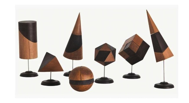 This Striking Set of Geo Sculptures Is A Must Have!