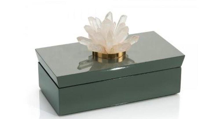 We Love The Gray Box with Quartz!