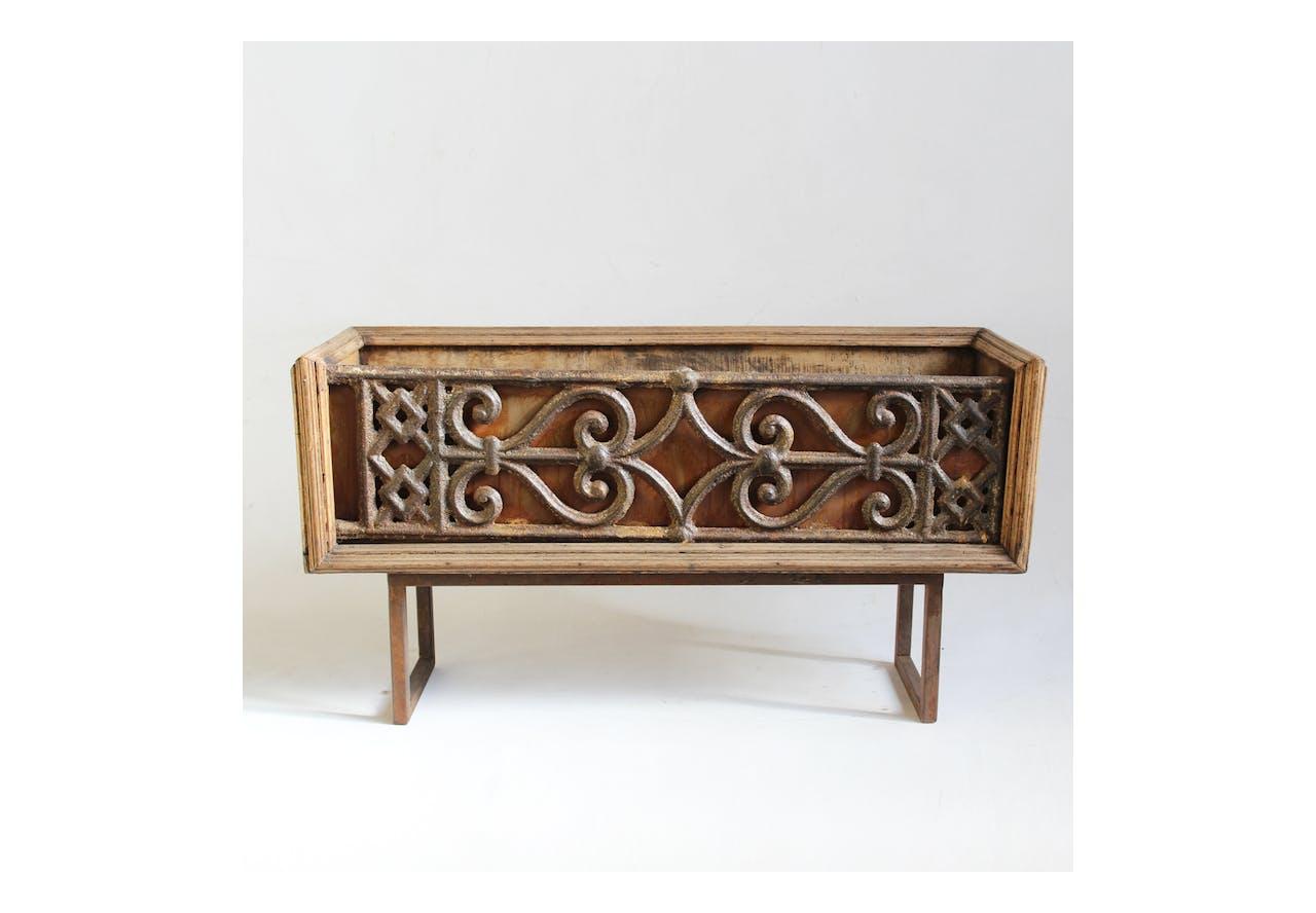 Cast Iron Barade Box