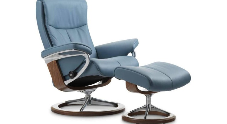 Have a Great Relaxation Experience with The Stressless Peace Classic Recliner